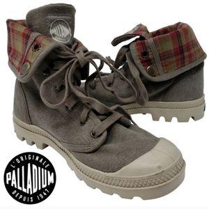 palladium baggy canvas boots plaid size 8.5
